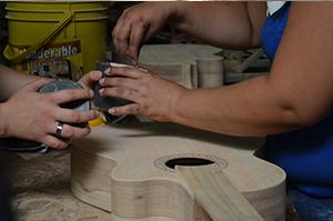 Constructores de guitarras en Colombia