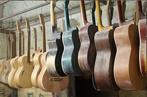 Cómo se hacen las guitarras
